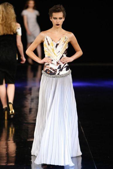 Delfrance Ribeiro - Dragão Fashion Brasil 11