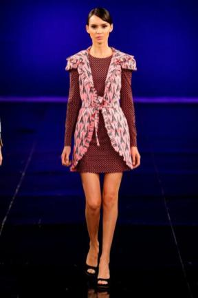 Vivi Huhn Dragao Fashion 2012 (8)