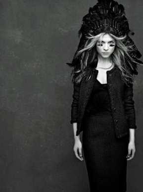 The Little Black Jacket de Chanel revivida por Karl Lagerfeld 3256478