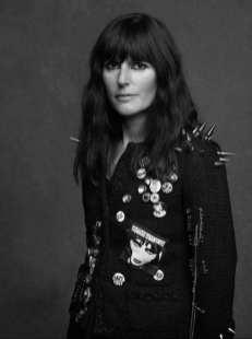 The Little Black Jacket de Chanel revivida por Karl Lagerfeld 6547865