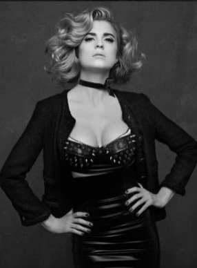 The Little Black Jacket de Chanel revivida por Karl Lagerfeld 965841