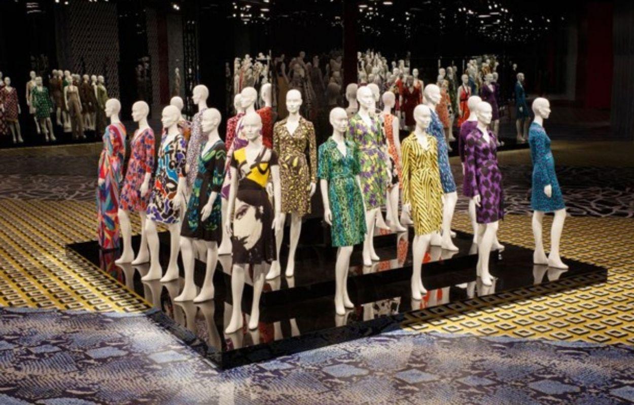 Vestido envelope ou wrap dress - Criação de Diane von Furstenberg