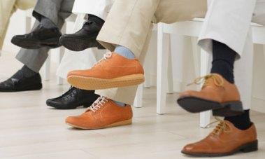 Men-wearing-socks-008