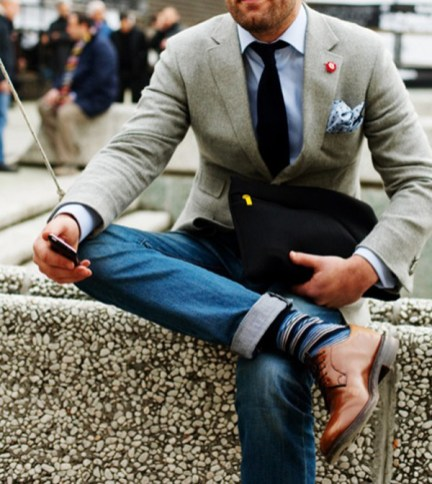 blazer-dress-shirt-jeans-derby-shoes-tie-pocket-square-socks-original-546