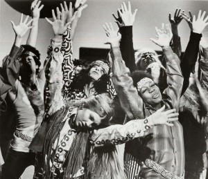hippies-with-long-hair-300x259