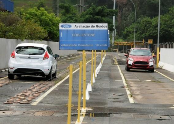 Fábrica da Ford em São Bernardo do Campo - BodyShop - Linha de produção do Ford New Fiesta 1