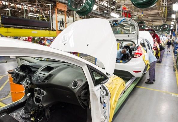 Fotos da fábrica da Ford - são Bernardo do Campo - Linha de montagem ford New Fiesta5554