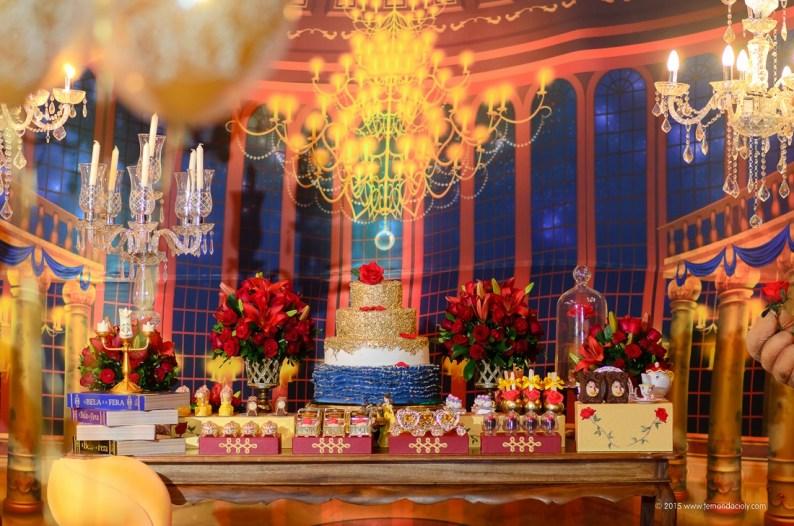 decoração de festa temática a bela e a fera