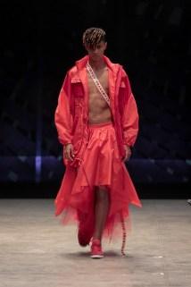 Desfile da marca Transmuta no Id Fashion