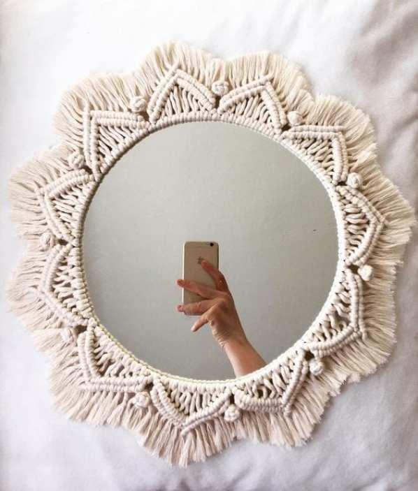 espelho revestido com macramê