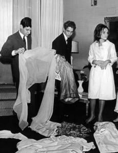 dener-e-a-ex-primeira-dama-maria-teresa-goulart-no-palacio-das-laranjeiras-1963