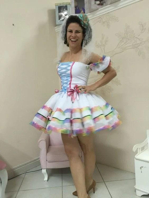 Amarração estilo corselet na noiva caipira sexy