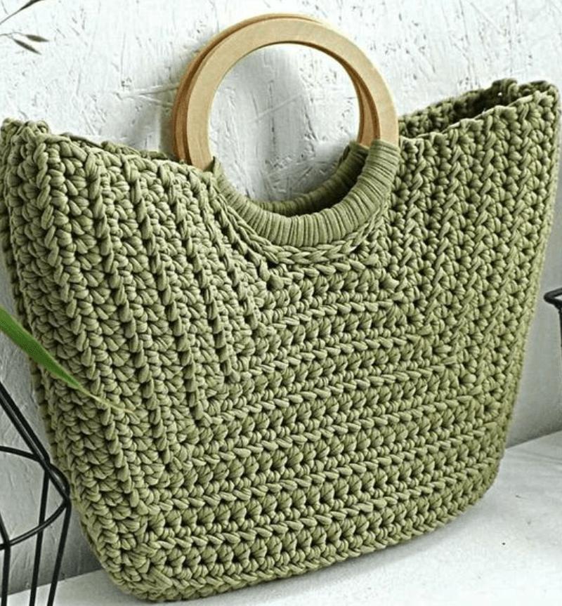 Bolsa de mão com alça de argola