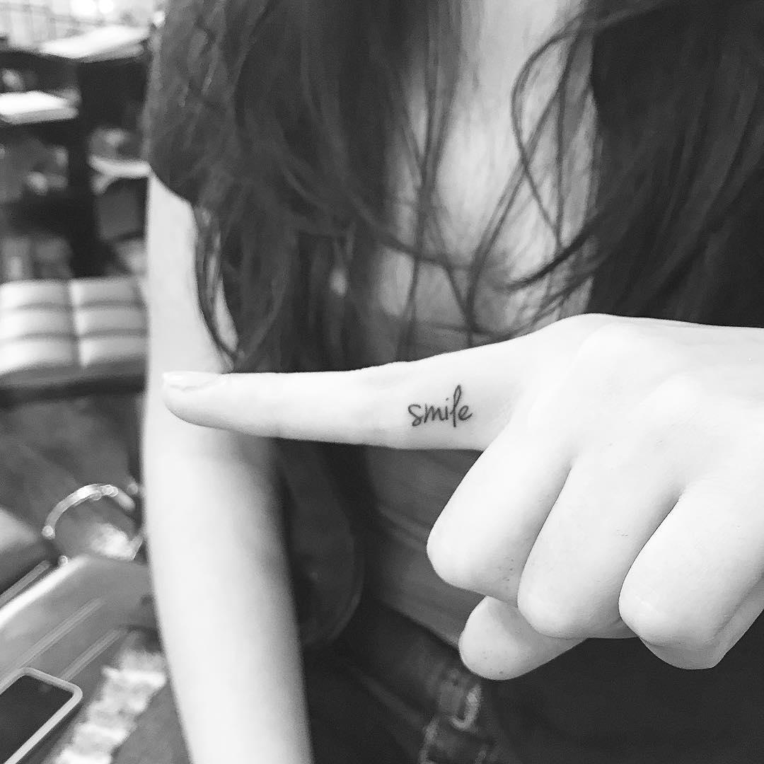 tendencias para tatuagem 2021 1 dedos