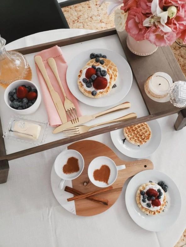 jantar romantico mesa posta cafe da manha com comidas bonitas