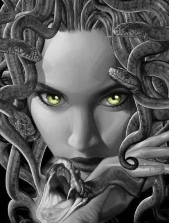 Medusa com olhos verdes