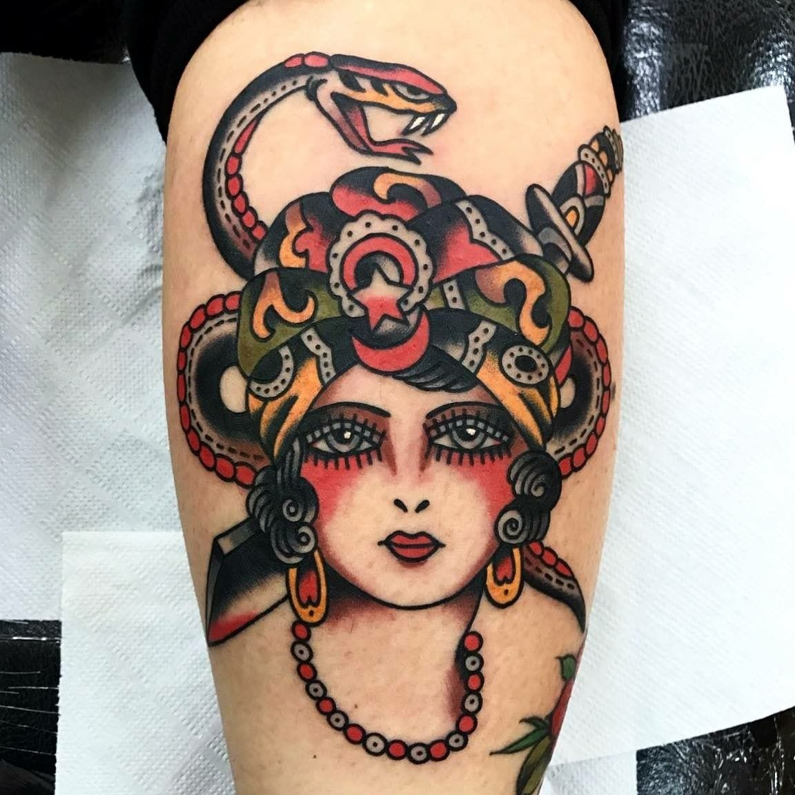 tatuagem de medusa old school