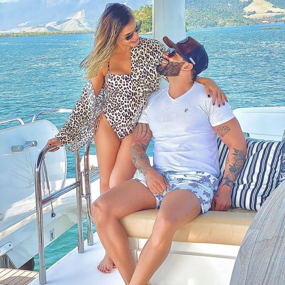 Foto de Andressa e Gusttavo em Angra dos Reis, setembro 2020.