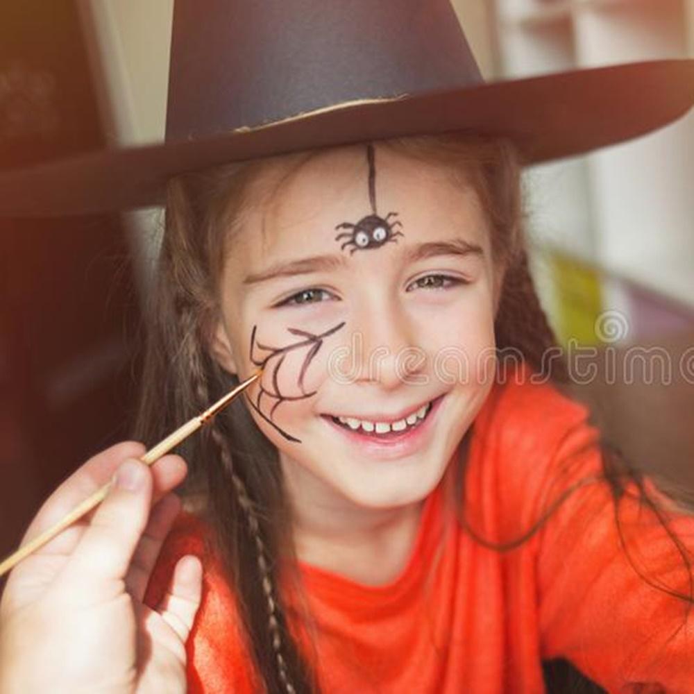 Pintura de aranha + teia de aranha.