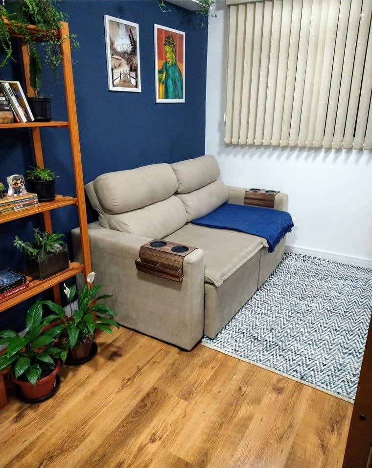 Sala pequena azul