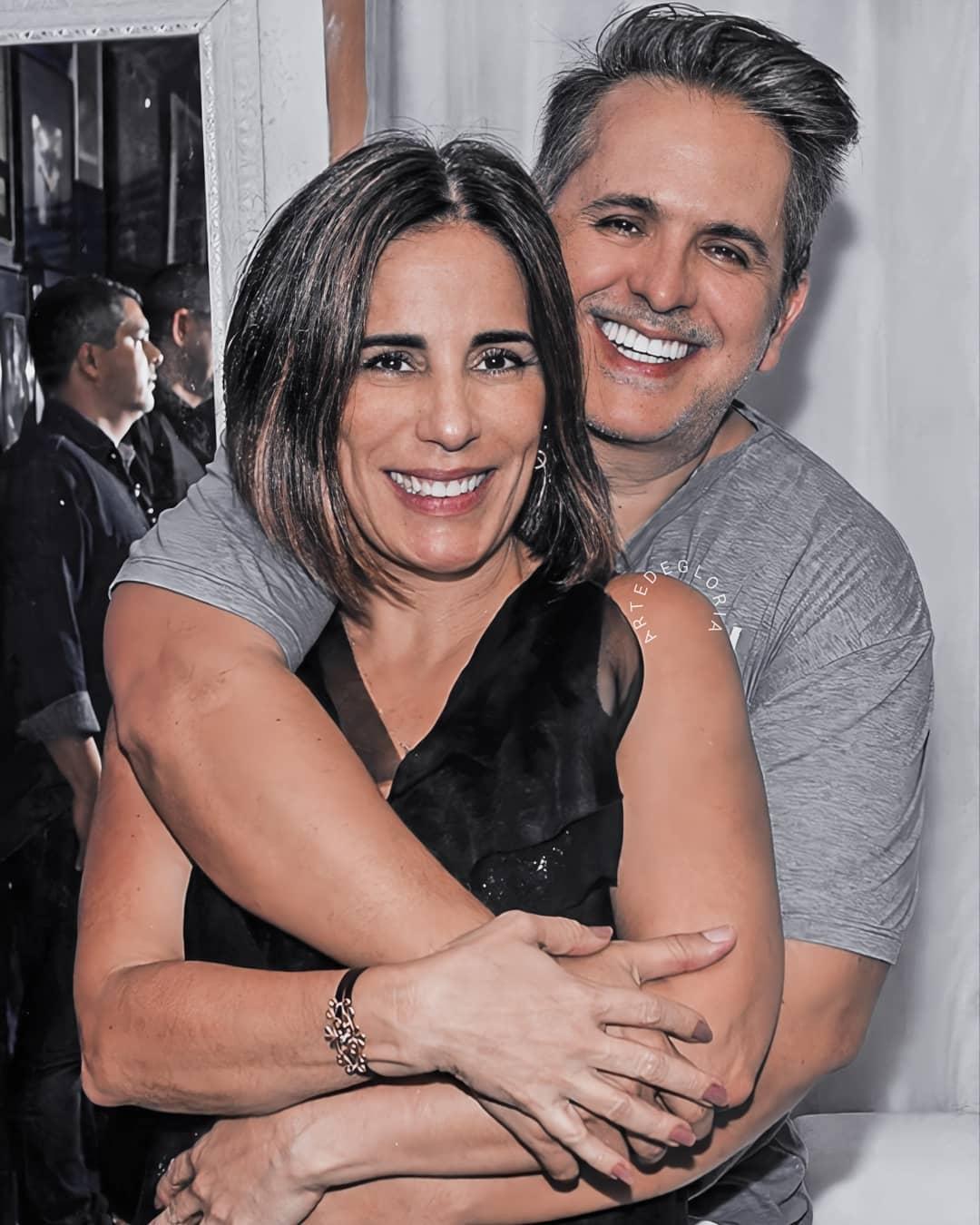 Glória Pires e esposo.