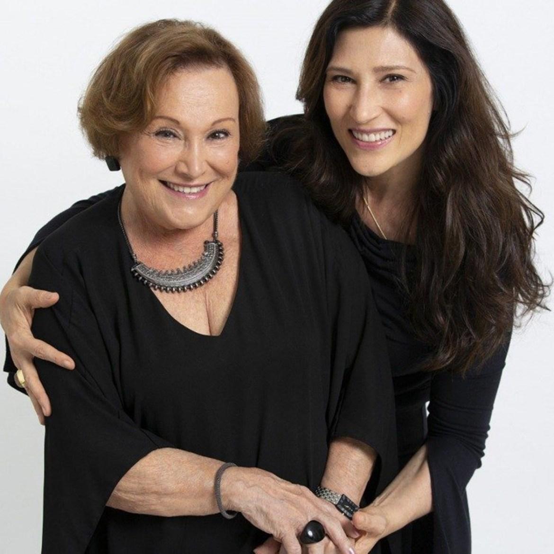 Beth Goulart e mãe Nicette Bruno.