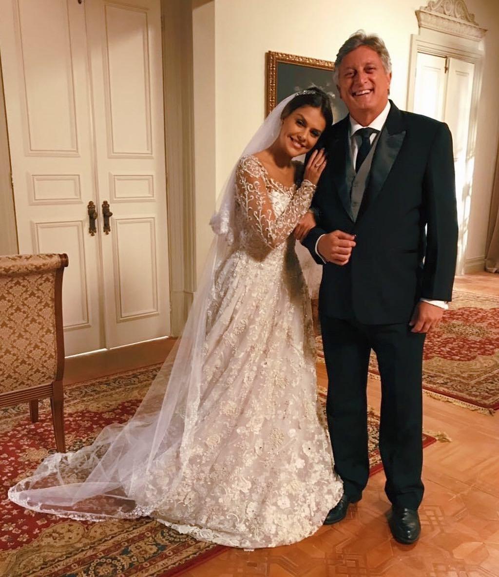 Eduardo Galvão casando a filha.