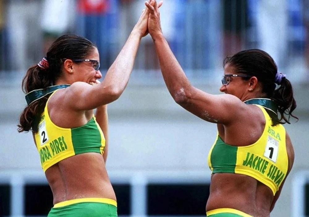 Jogadoras de vôlei de praia Jaqueline Silva e Sandra Pires.
