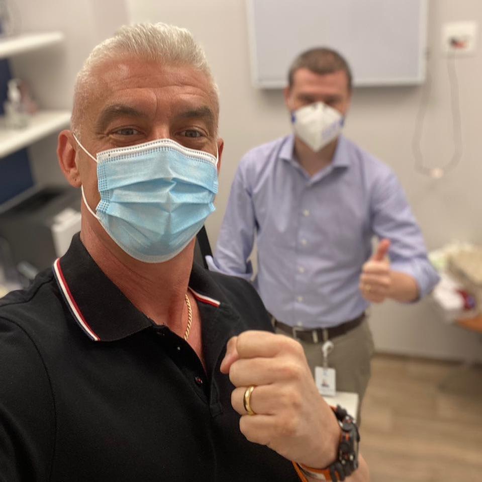 Alexandre Correa é curado do câncer.