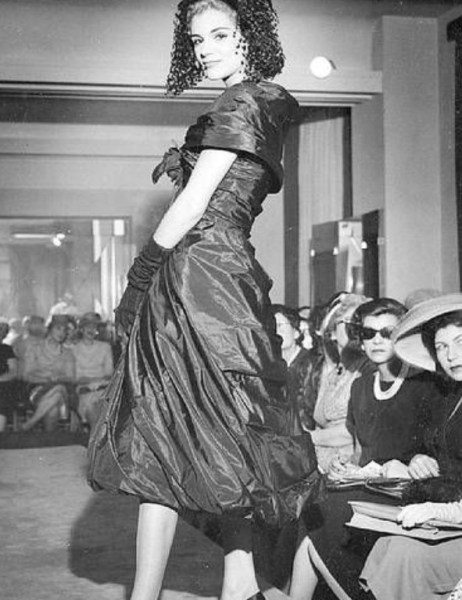 Vera Barreto Leite, modelo de Mena Fiala  na Casa Canadá.