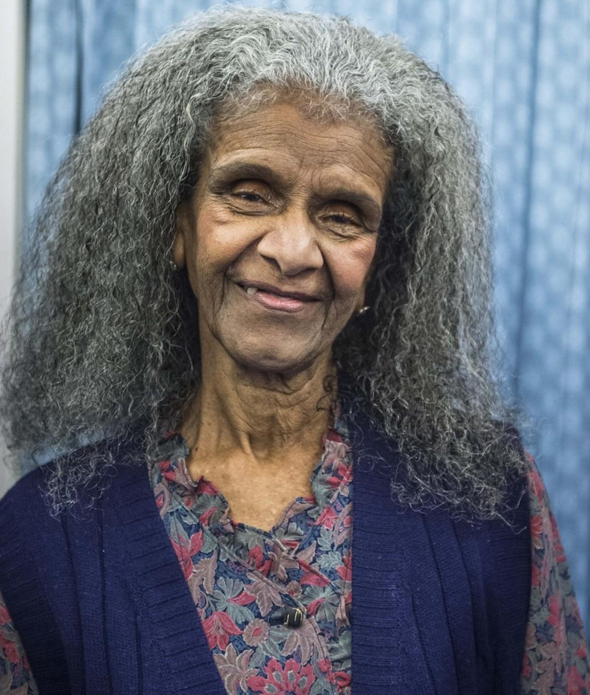 Atriz Niana Machado morre aos 82 anos.