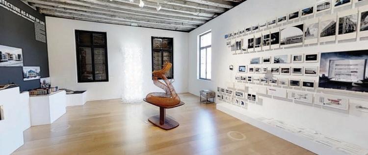 interior de exposição de arte da Saphira & Ventura Gallery