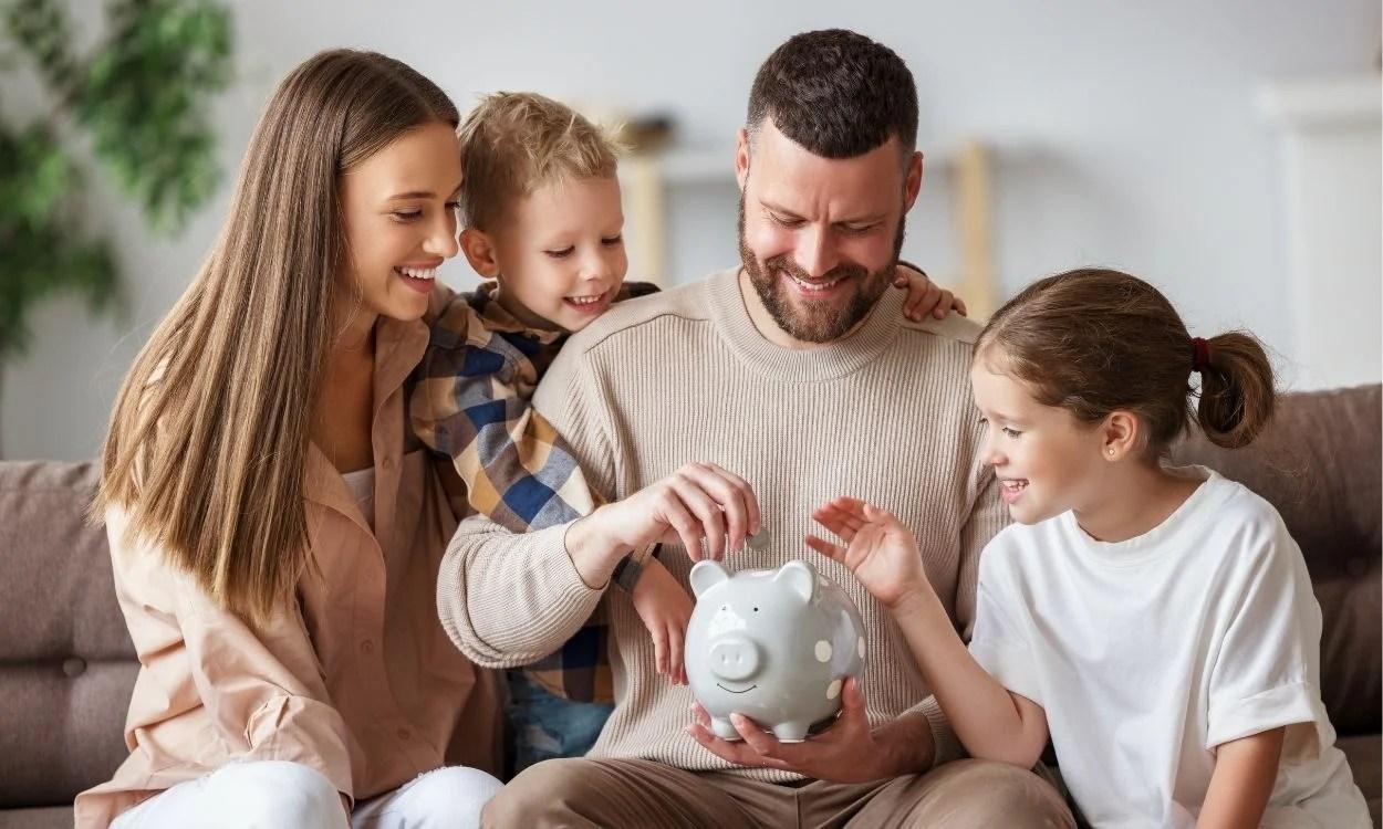 familia com dinheiro - renda fixa