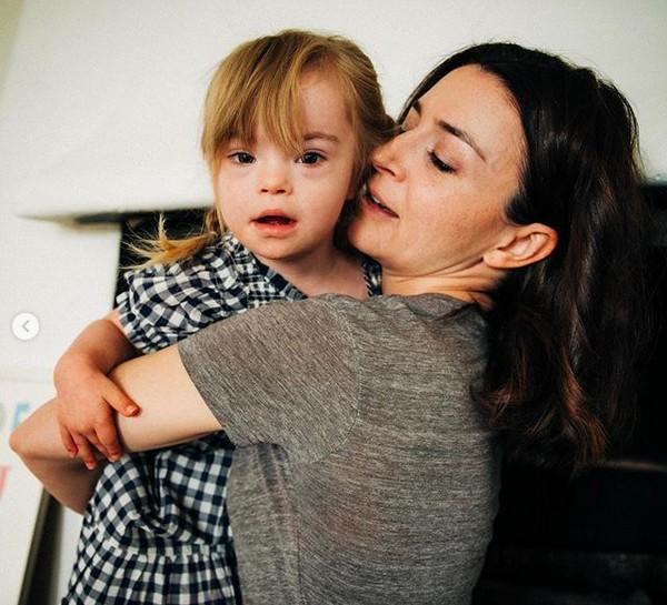 filha de Caterina Scorsone