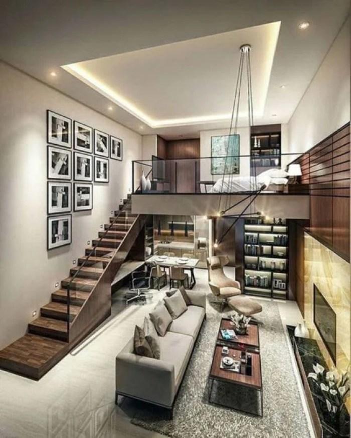 Casa moderna com mezanino.