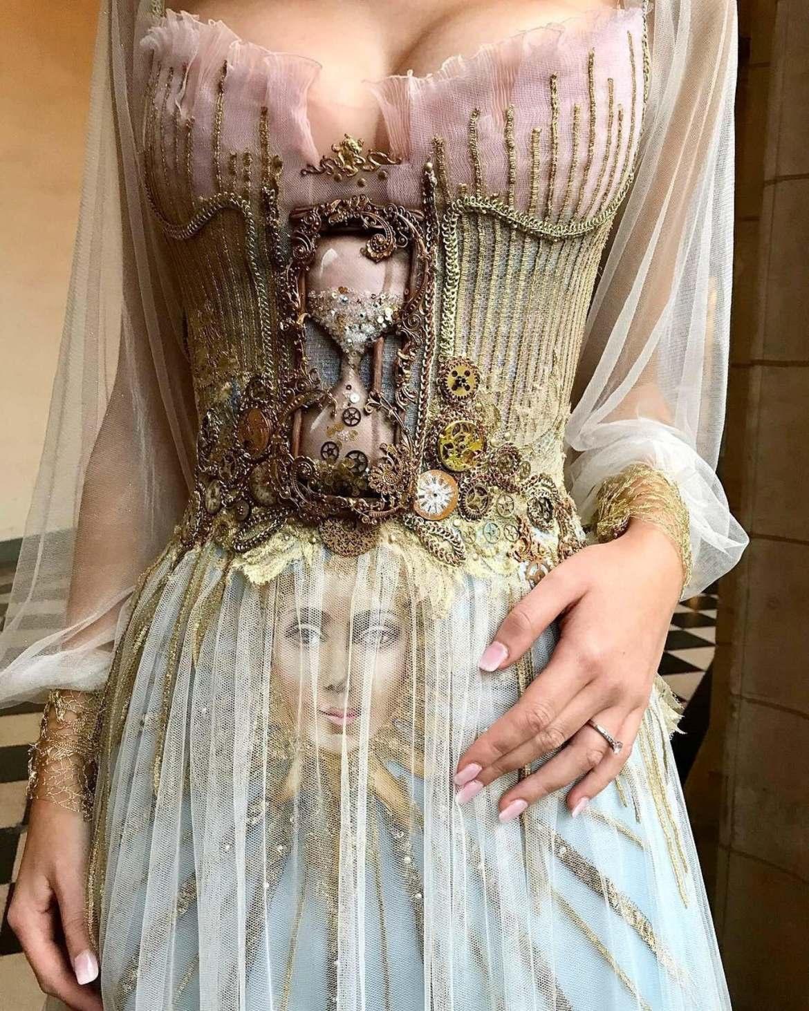 vestido diferente
