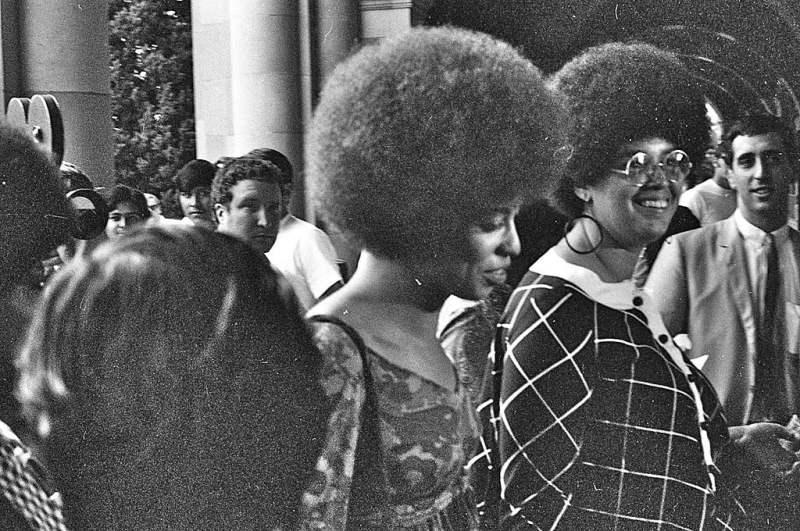 Angela Davis na Universidade da Califórnia em 1969.