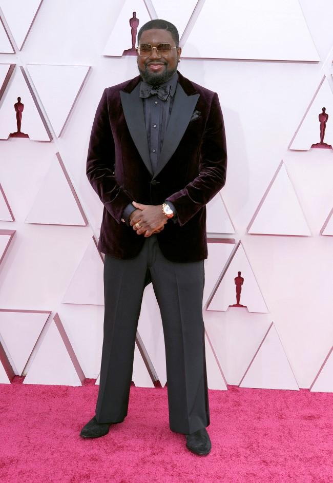 Looks masculinos Oscar 2021