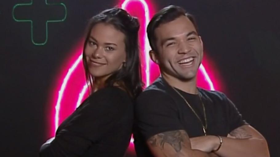 Jonathan e Caroline