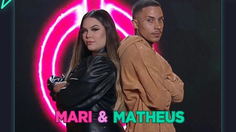 O casal digital influencer, Matheus Yurley e Mari Matarazzo estão no reality da Record TV (imagem: divulgação)