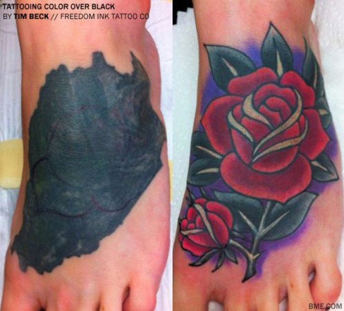 pé feminino com tatuage