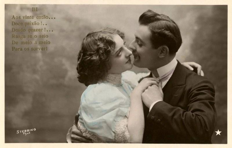 Cartão Postal antigo de Dia dos Namorados.