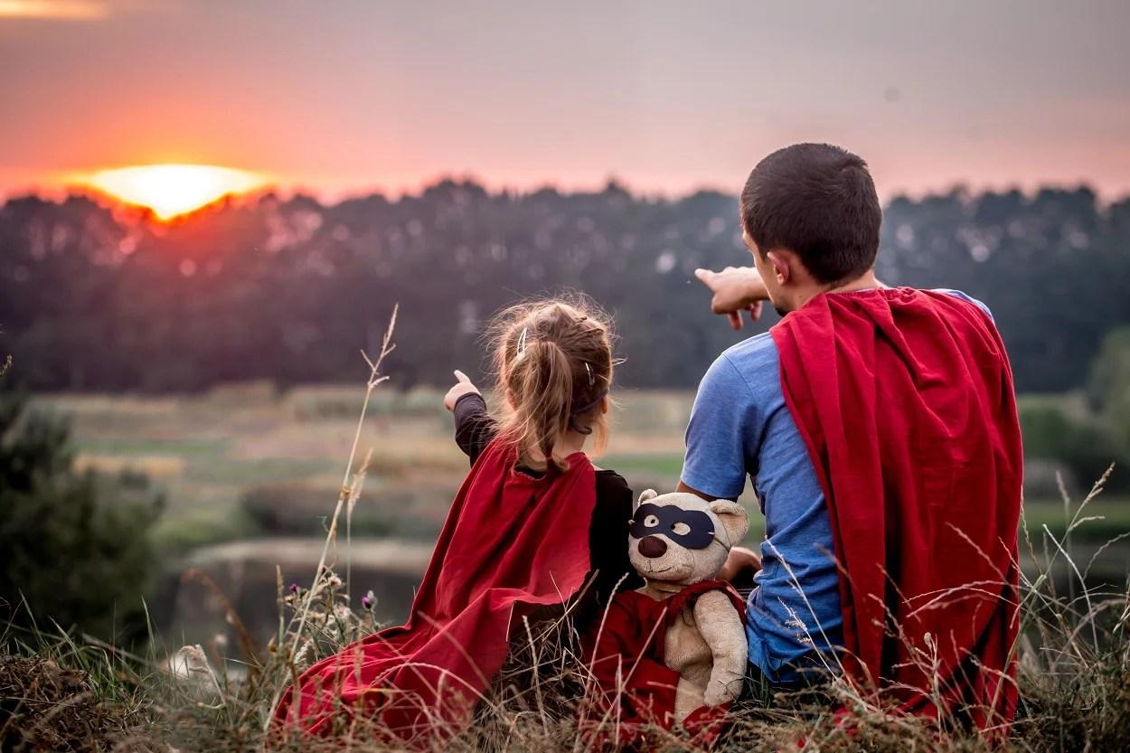 foto pai e filha de heróis