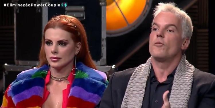 Deborah e Bruno são salvos da oitava DR no Power Couple