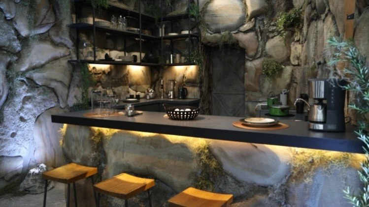 Cozinha em caverna.