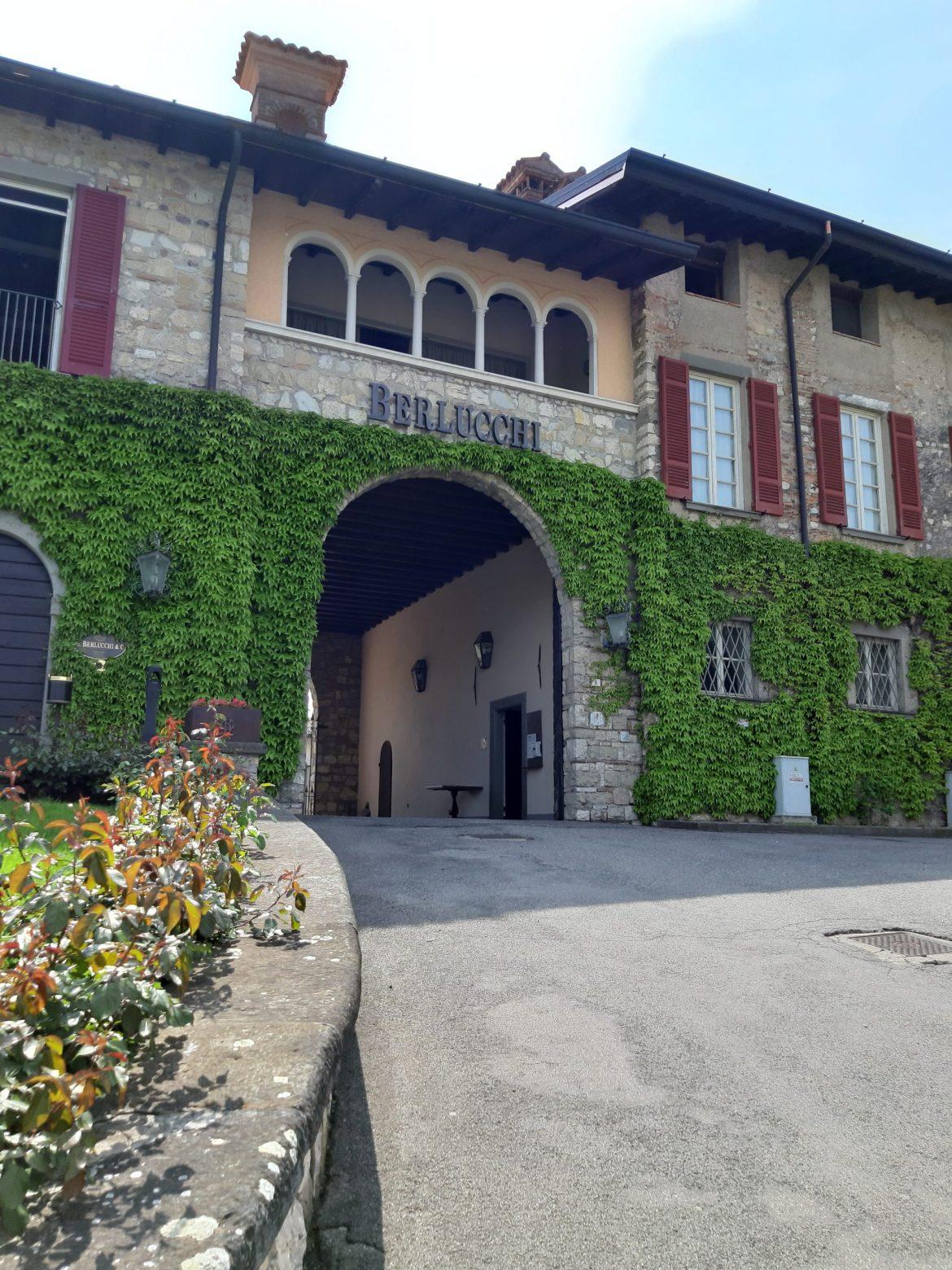 Vinícola Berlucchi fachada, empresa histórica