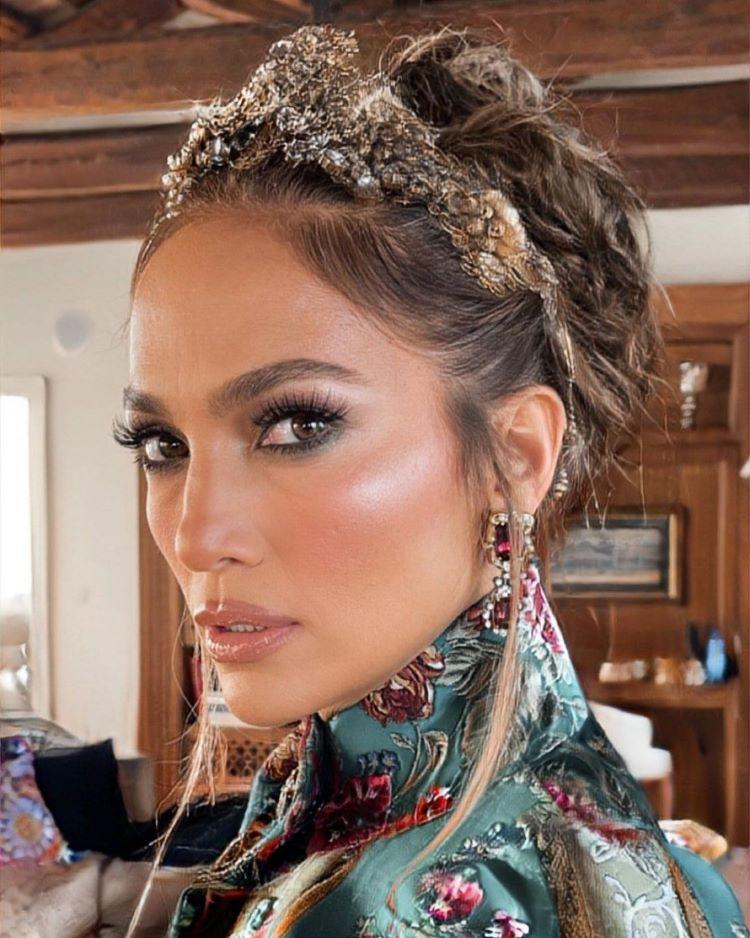 Dolce & Gabbana 2021: Jay-lo