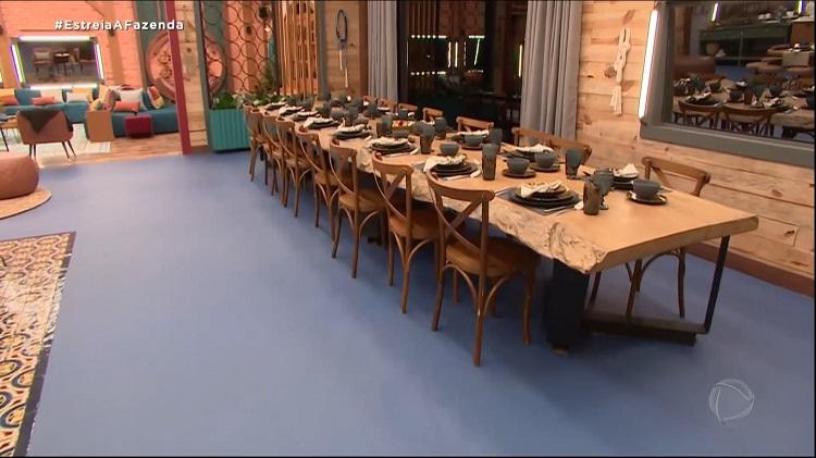 Foto de sala de jantar da sede