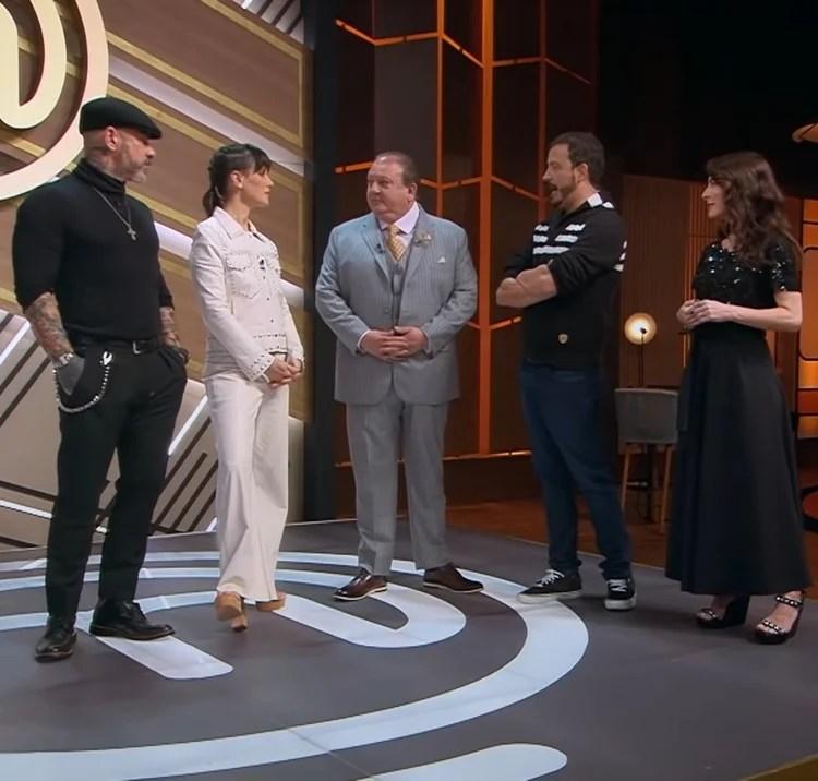 Foto de Henrique Fogaça, Helena Rizzo, Erick Jacquin, Rafael Cortez e Ana Paula Padrão.