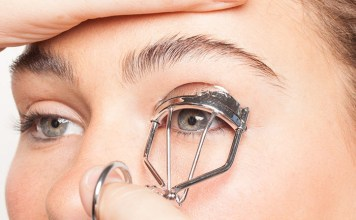 The Best Use of EyeLash Curler – Get the Maximum Out of Minimum
